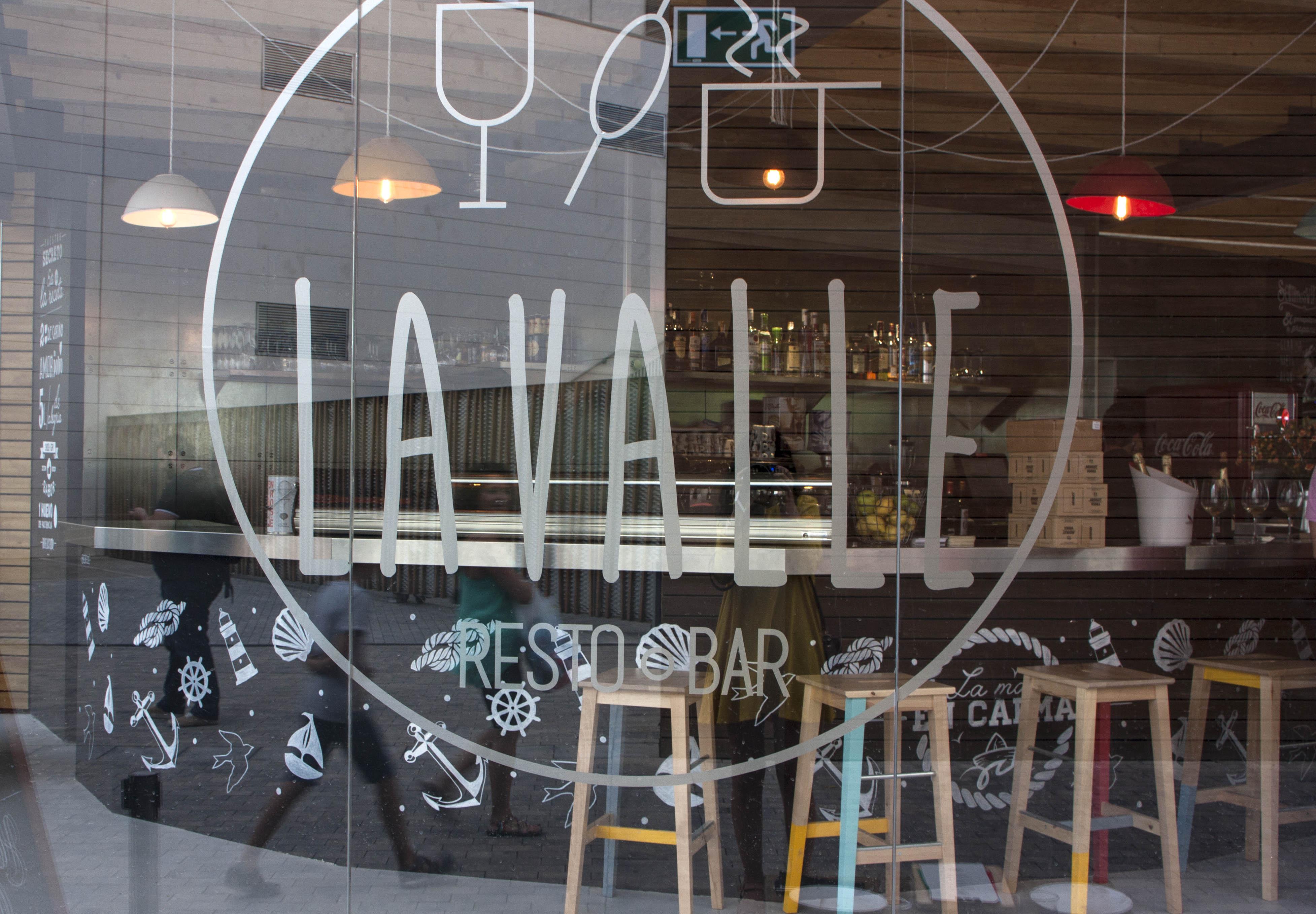 Nueva propuesta gastronomica, saludable y ecológica en el Resto Bar Lavalla del Mercado del Puerto de Puerto Venecia. Blog zaragozano increíble pero cierzo