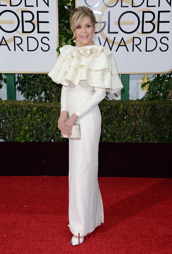Jane-Fonda-Golden-Globes-2016-Red-Carpet-Fashion-Saint-Laurent-Couture-Tom-Lorenzo-Site-7 increible pero cierzo