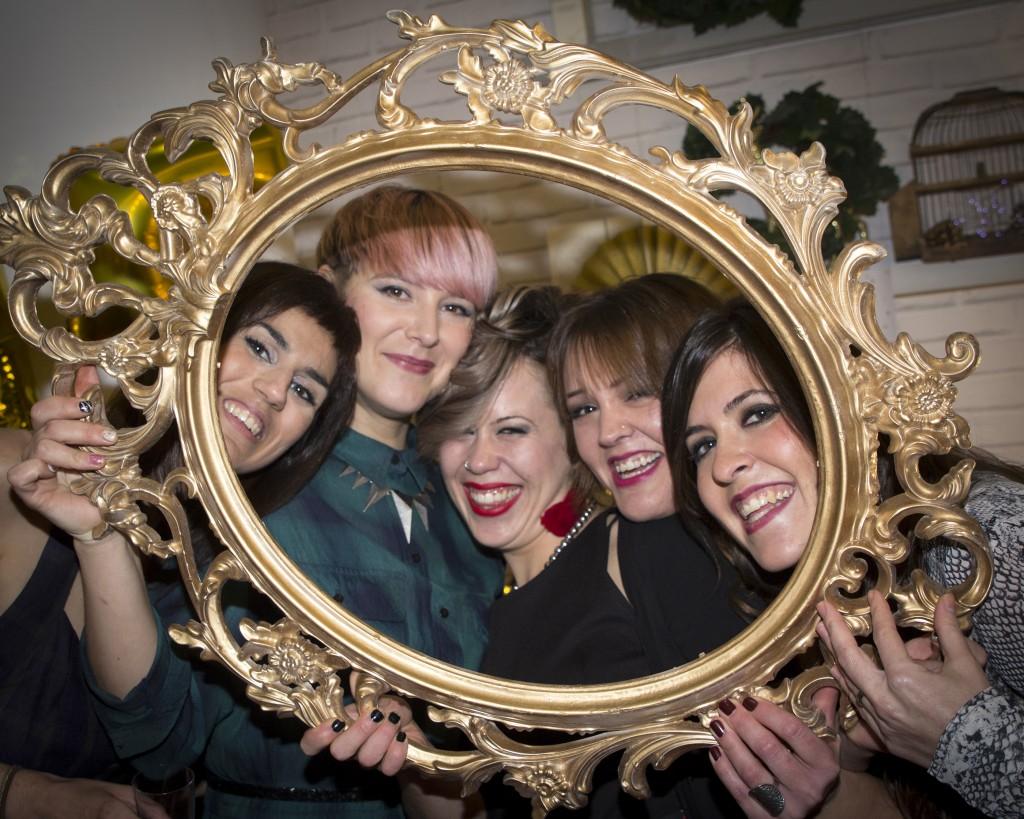 Equipo de Atrezzo Peluqueria, la mejor peluqueria de Zaragoza por el blog de moda Increible pero cierzo