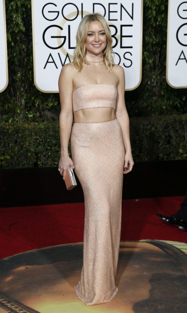 kate hudson con vestido de michael kors. peores vestidas de la gala de los globos de oro 2016 segun el blog de moda increible pero cierzo