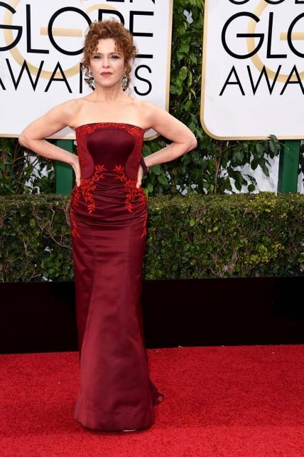 Bernadette Peters peor vestidas globos de oro 2016 segun el blog de moda increibleperocierzo