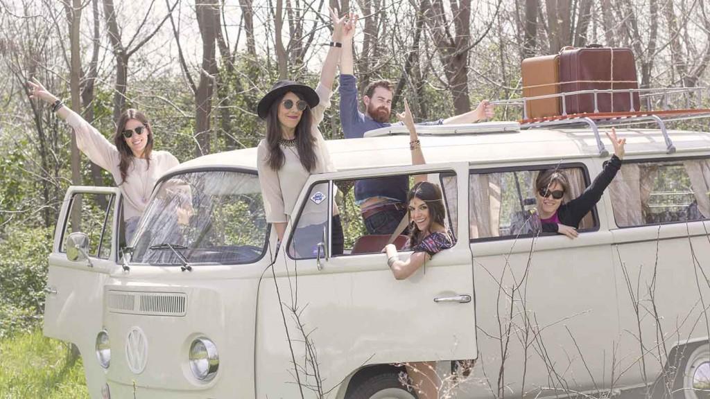 Sesión de fotos con la furgoneta retro Zaragoza hippie Volkswagen T1 de 1970 eventos Zaragoza en el blog increible pero cierzo de laguiago