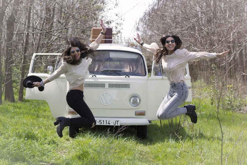 Sesión de fotos con la furgoneta retro Volkswagen T1 de 1970 eventos Zaragoza en el blog increible pero cierzo de laguiago