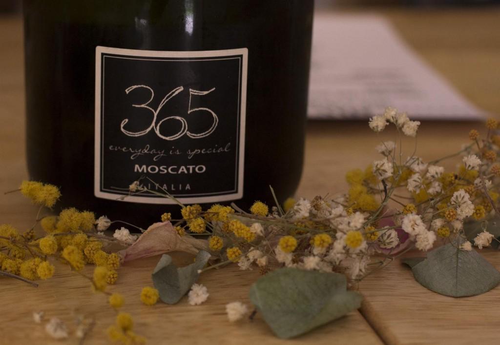 Vino Moscato Italia La Creperie Zaragoza en el blog de moda y lifestyle increible pero cierzo