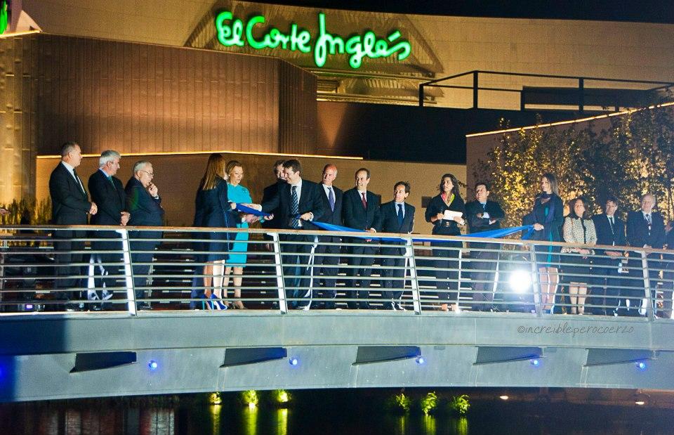 Inauguración shopping resort Puerto Venecia Zaragoza con Nuria Roca y autoridades. Blog de lifestyle de Zaragoza increíble pero cierzo