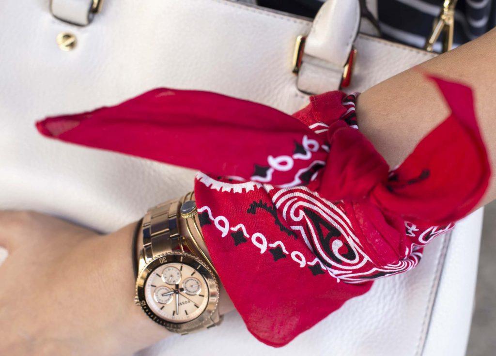 moda de las bandanas en el blog de moda bandana muñeca increible pero cierzo
