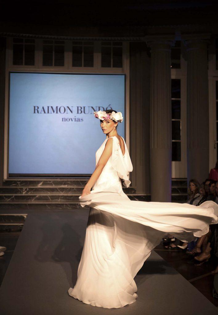 Desfile moda nupcial Raimon Bundo Gran Hotel Zaragoza por el blog de moda increible pero cierzo