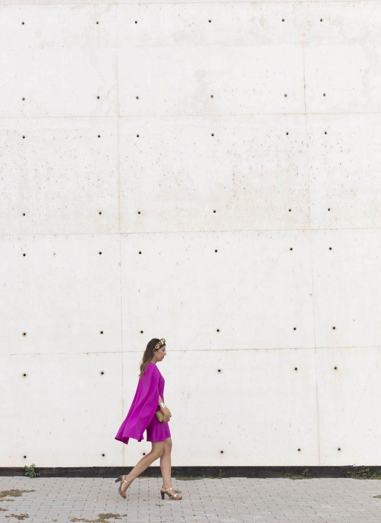 Look de boda en el extranjero. Alquiler de vestido de Cousin Bliss en La Mas Mona para el blog de moda increíble pero cierzo