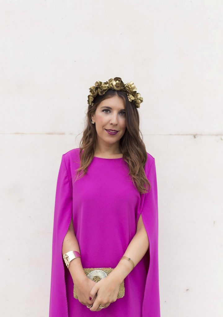 Look de boda con alquiler de vestido y complementos en La Mas Mona