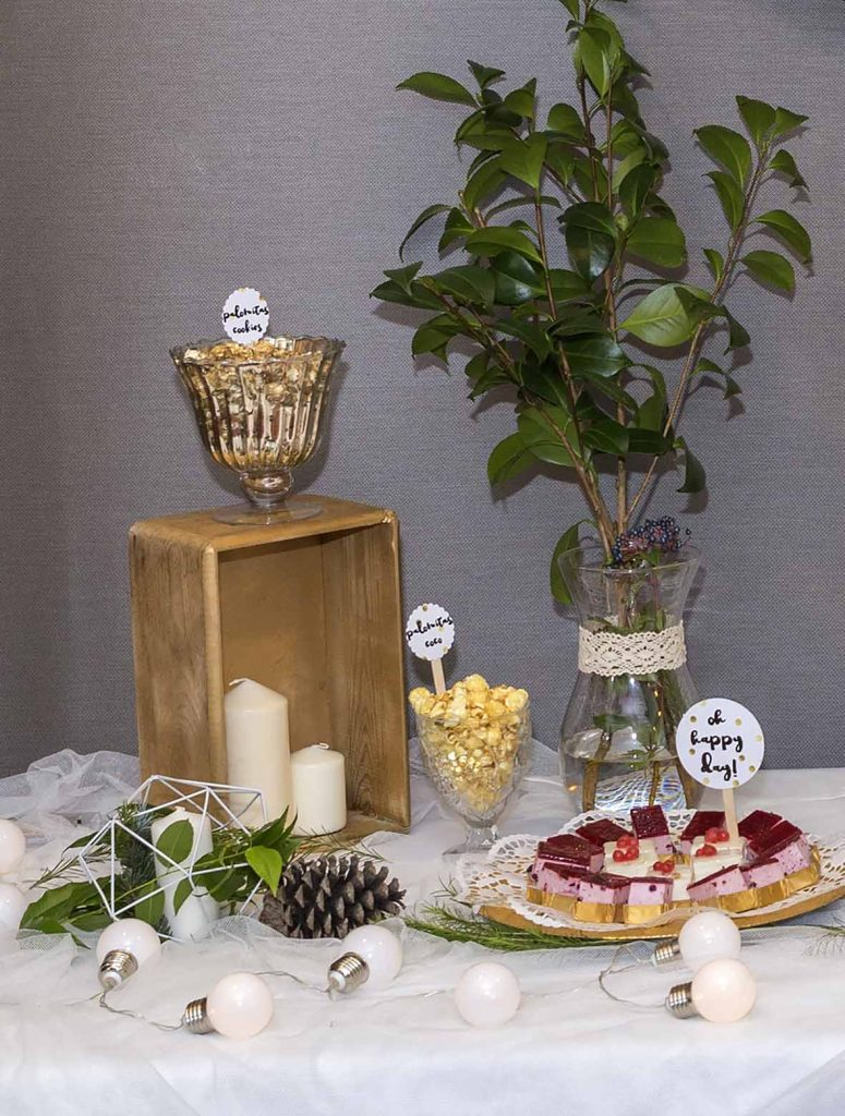 30 cumpleaños Los Girasoles Zaragoza con pasteles de frutos rojos y tarta de Bakery Cakes Zaragoza, palomitas gourmet Pop it en el blog de lifestyle increíble pero cierzo