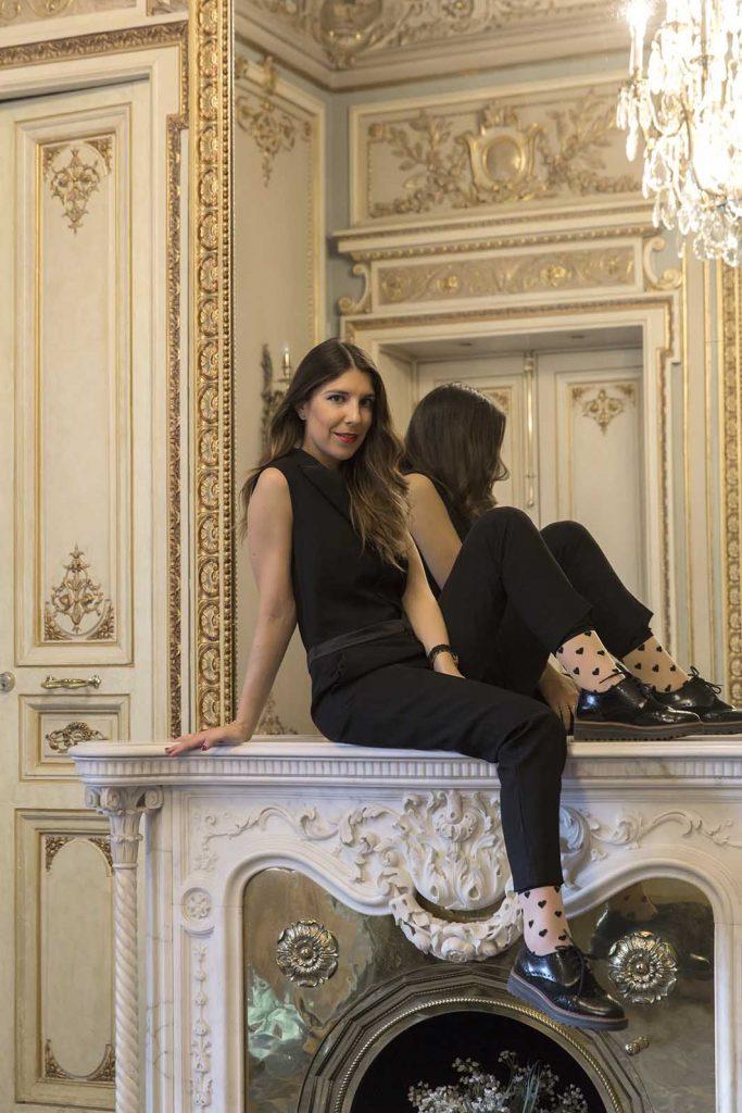 Look mono negro moda en Hotel Continental Palacete Barcelona en el blog de moda increíble pero cierzo