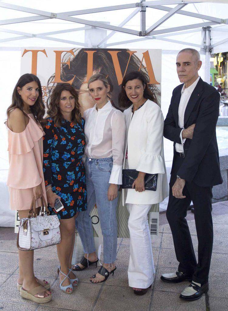 Telva Shopping Xperienze Zaragoza con Arturo Elena, Monica de Innova Eventos, Arturo Elena y las bloggers Lulu Figueroa Domecq y Andrea Martinez de Increíble pero cierzo.