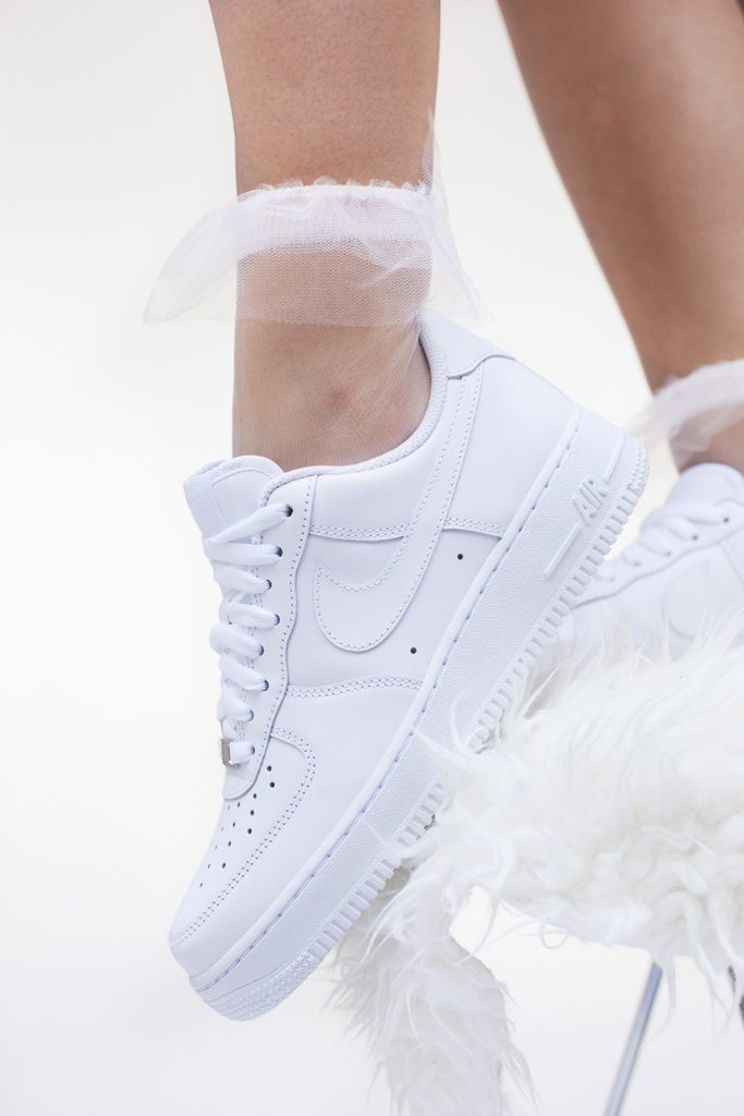 Zapatillas blancas nike air max streetstyle tendencias 2018