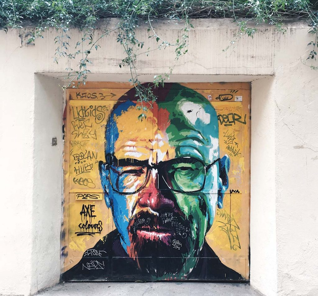 Graffitis Barrio Vila de Gracia Barcelona Breaking Bad
