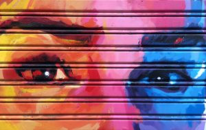 Graffitis Barrio Vila de Gracia Barcelona Breaking Bad Khaleesi